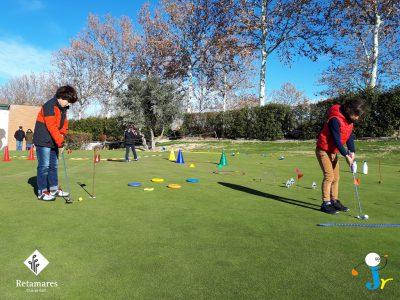 Golf para niños en Madrid: curso de invierno en Club Retamares