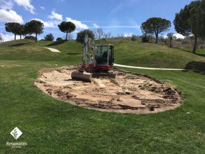 Comienza la reforma de los búnkeres del hoyo 8 del Club de Golf Retamares