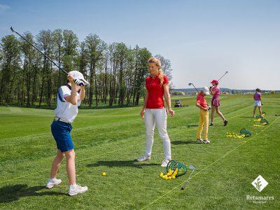 Campamento de verano para jugar al golf en Madrid